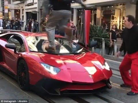 العرب اليوم - رد فعل شاب على رؤية سيارة لامبورجيني مميّزة