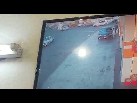 العرب اليوم - امرأة تتسبب في حادث سير في السعودية