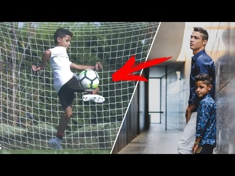 شاهد مهارات أبناء أشهر اللاعبين المحترفين كرة القدم