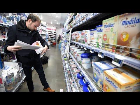 شاهد شركة لاكتاليس الفرنسية تسحب ملايين علب حليب الأطفال الملوثة