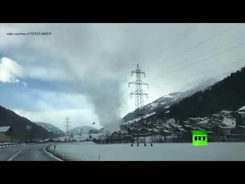 شاهد لقطات فريدة لزوبعة ثلجية في النمسا