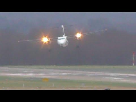 شاهد طيار يهبط وسط رياح شديدة ويتفادى كارثة