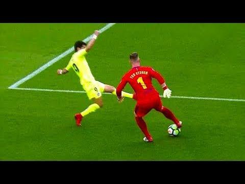 حراس المرمى يظهرون مهاراتهم في ملاعب كرة القدم