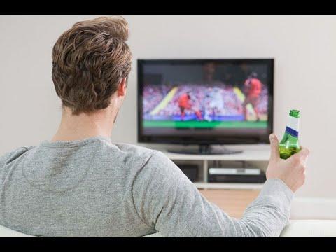 شاهد الجلوس أمام التلفزيون يُعرّض الرجال لخطر سرطان القولون