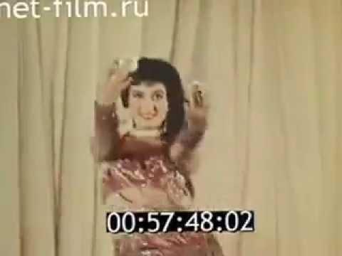 شاهد رقصة نادرة للفنانة نعيمة عاكف في موسكو