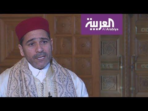 شاهد القارئ بشير الطبابي من تونس يكشف بداياته مع ترتيل القرآن