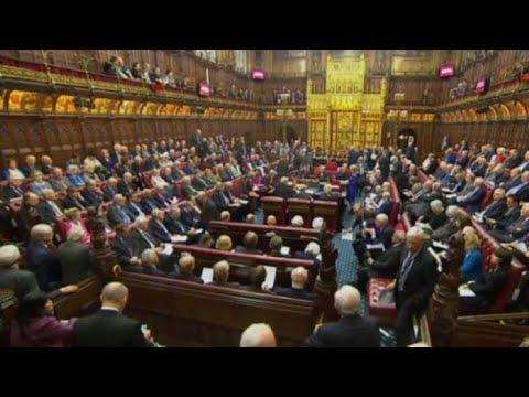 شاهد مجلس اللوردات يمنح البرلمان حق تعطيل الاتفاق حول ملف بريكسيت