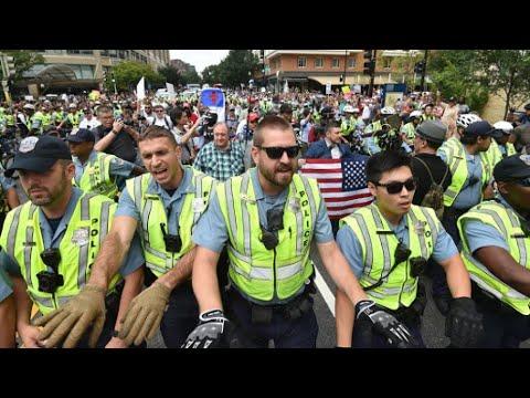 عشرات النازيين الجدد يتظاهرون في واشنطن مقابل مئات من المناوئين لهم