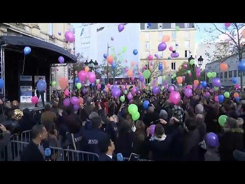 شاهد بالونات في سماء عاصمة الأنوار في الذكرى الثالثة لهجمات باريس