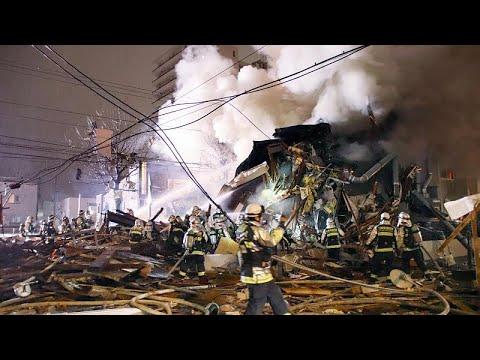 شاهد انفجار يتسبب في هدم مبنى في مدينة سابورو اليابانية