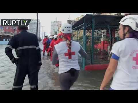 فيضانات عارمة تجتاح هافانا والمنطقة الساحلية المتاخمة لها