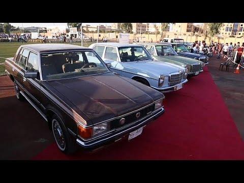 شاهد معرض للسيارات الكلاسيكية في الموصل