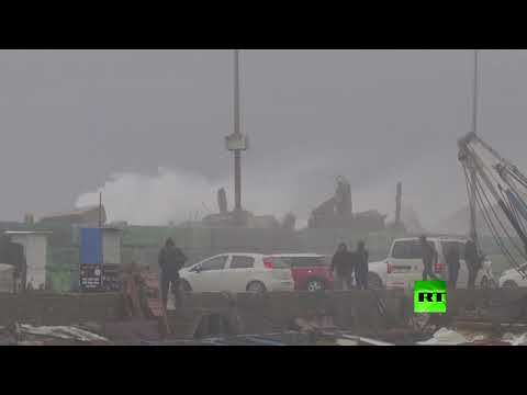 الرياح العاتية تضرب غزة مع تساقط الثلوج