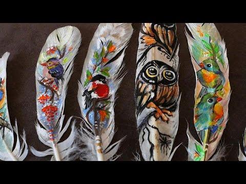 شاهد فنانة بلغارية تُبدع في تحويل الريش إلى لوحات فنية لطيفة وممزية