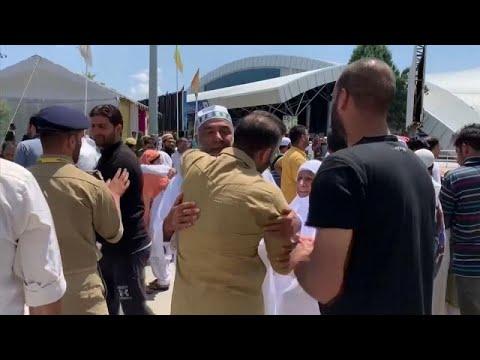 شاهد حجاج من كشمير يعربون عن قلقهم بشأن الوضع في الإقليم بعد عودتهم من السعودية