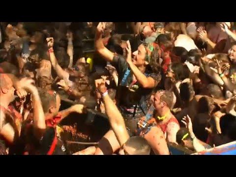 مهرجان معركة الطماطم في  فالنسيا شرق إسبانيا