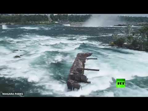 العواصف تحرك قاربًا علق قرب شلالات نياغارا منذ 100 عام