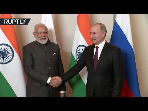الرئيس فلاديمير بوتين يلتقي رئيس وزراء الهند في البرازيل