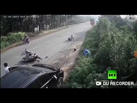 سائق يتسبب في حادث خطير في منطقة دونغ ناي في فيتنام
