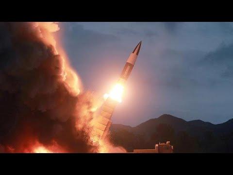 شاهد كيم يشرف على اختبار راجمة صواريخ فائقة الحجم