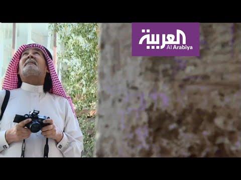 شاهد فنان سعودي يُحاكي بأعماله الفنية تفاصيل الحياة قديما في جدة التاريخية