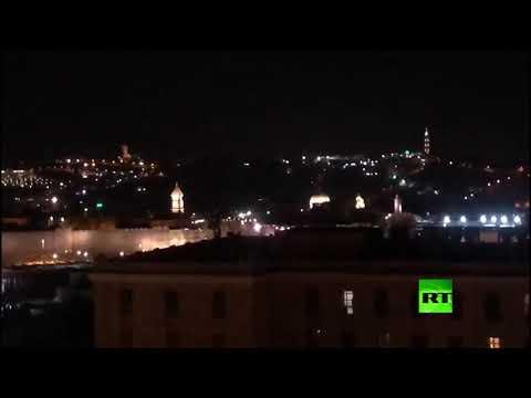 شاهد مدينة القدس مشلولة الحركة وخالية من المارة بسبب كورونا