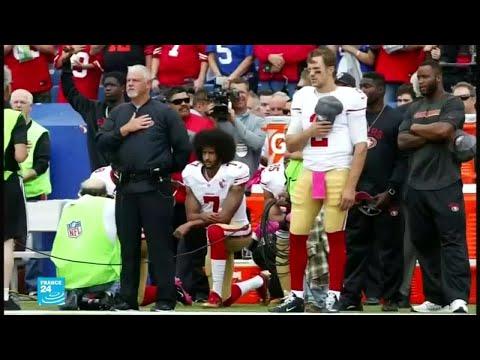 شاهد الرياضي الأميركي كايبرنيك أول من جثى على ركبته احتجاجًا