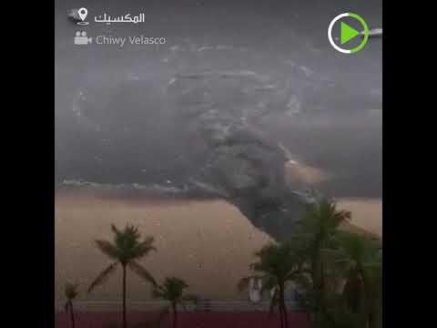 شاهد أحد النشطاء يوثق تلوث شاطئ إيكاكوس في المكسيك