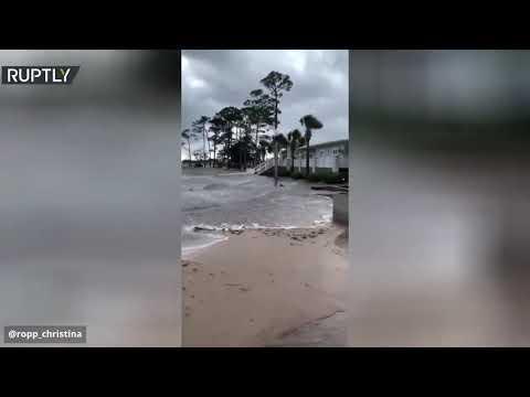 شاهد إعصار سالي يواصل الدمار ويتسبب في أضرار بالغة بولاية فلوريدا