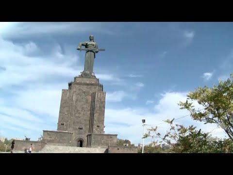 شاهد تعرف على قصة تمثال أم أرمينيا الذي يحمل سيفاً موجهاً صوب تركيا