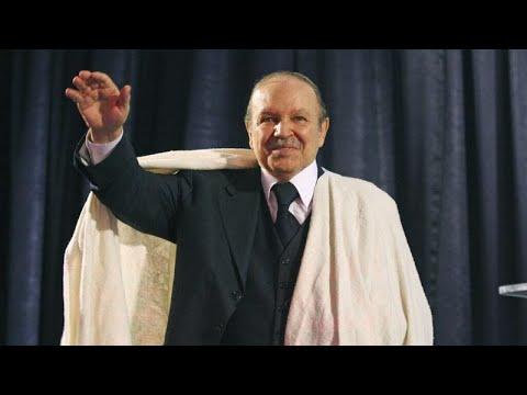 الشارع الجزائري يُعلق على وفاة الرئيس السابق عبد العزيز بوتفليقة
